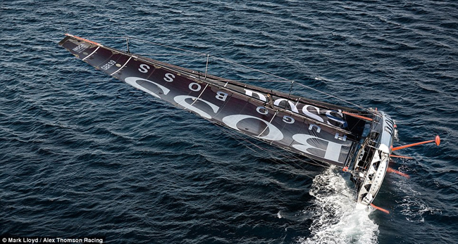 yacht Hugo Boss
